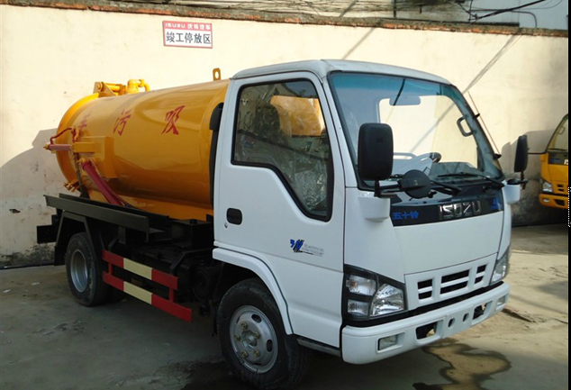 ISUZU 1000gallon sewer truck