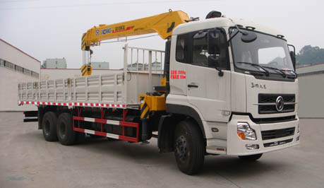 Dongfeng 12ton cargo truck with crane