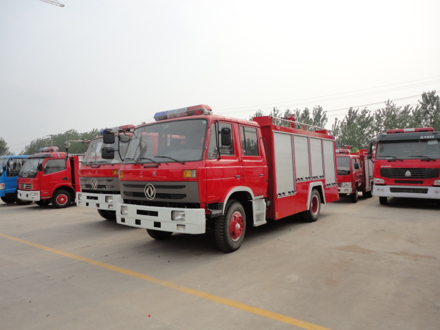 dongfeng 145 1000gallon fire truck